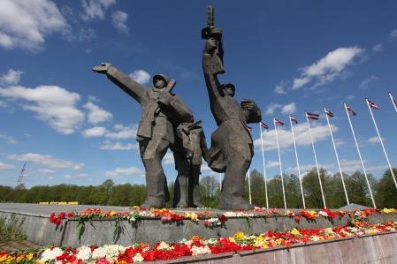 Памятник Освободителям в Латвии будут ремонтировать
