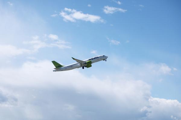 В Лиепаю снова можно отправиться на самолете