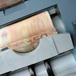 Государство недополучило 127 млн евро из-за «черных» зарплат