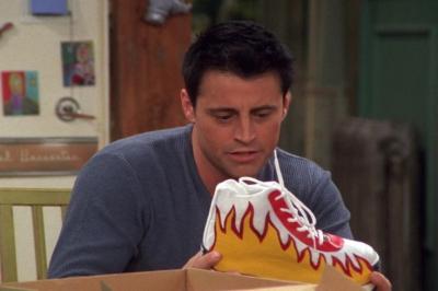 Какие кроссовки носили в сериале «Друзья»? Классические модели. Фото
