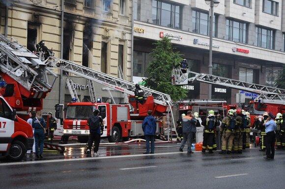 Маршруты автобусов № 101, 904 и м1 на Тверской изменили из-за пожара