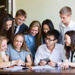 Иностранным студентам российских вузов разрешили работать во время учебного года