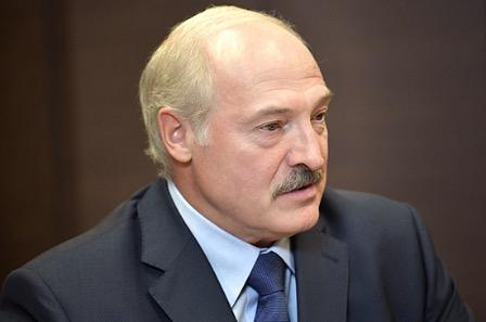 Лукашенко: Белоруссия будет сотрудничать с Россией и Украиной по делу задержанных россиян
