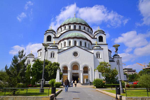 Президент Сербии поблагодарил Россию за помощь в возведении храма