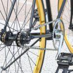 В Пыхья-Таллинне юный велосипедист наехал на 65-летнюю женщину