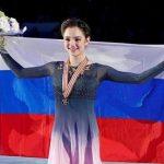 «Прекратите вакханалию»: Медведева ответила «сосватавшей» ее к Плющенко подписчице