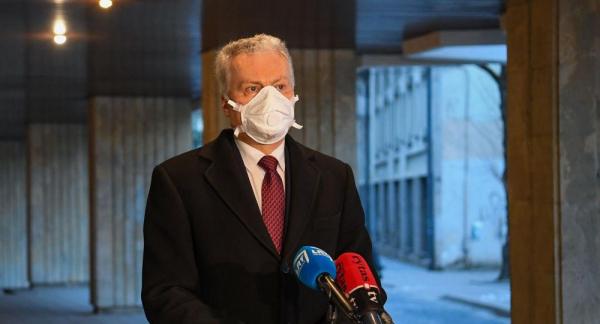 Президент Литвы самоизолировался