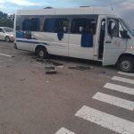 На Украине обстреляли автобус, есть погибшие