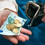 Латвийским пенсионерам перечислят дополнительно по 160-240 евро