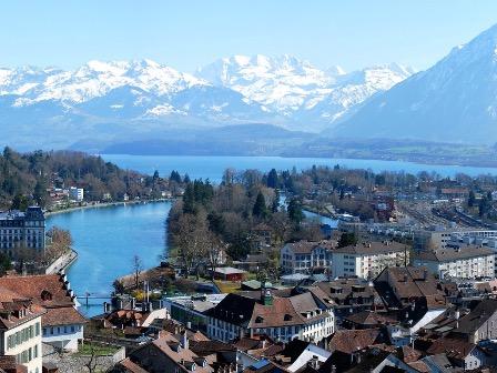 Правительство открыло для Швейцарии въезд в Россию