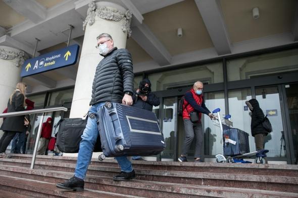 После возвращения из Польши, Нидерландов, Исландии, Кипра, Турции - обязательная изоляция