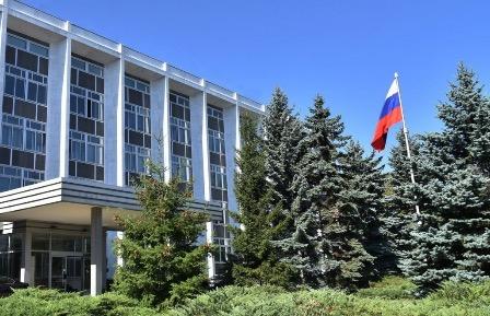 Посольство РФ обеспокоено нападением на советский военный мемориал в Софии