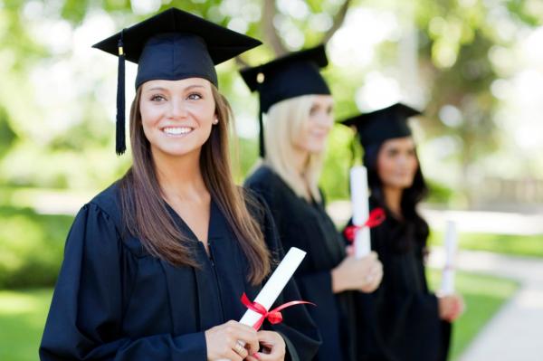 Высшее образование в цене: латвийские вузы подняли расценки