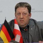 Демонстранты в Берлине скандировали «Путин!» из уважения к Президенту РФ, уверен немецкий политик