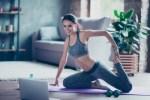 Как прокачать тело всего за полчаса? Эффективные упражнения для домашней тренировки