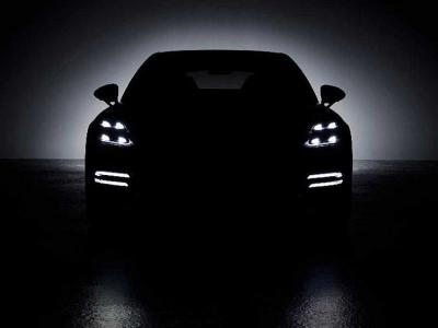 Обновленную Porsche Panamera готовят к премьере