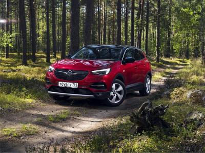 Почему Opel Grandland X дороже конкурентов и стоит ли переплачивать