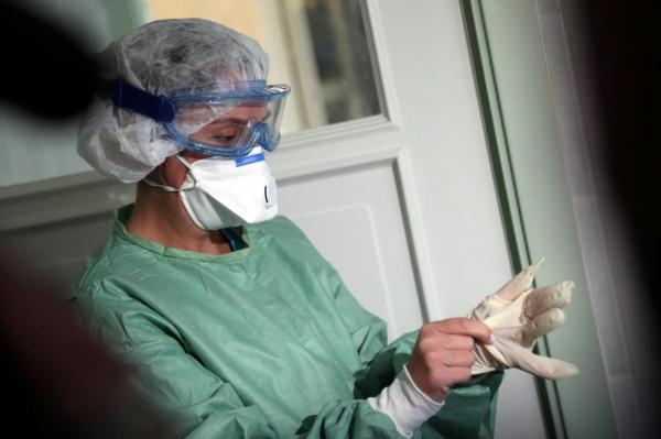 Названа цифра заражённых Covid-19 среди медицинских работников Латвии