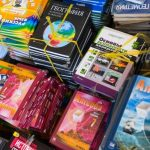 Россия помогает зарубежным школам обедами и учебниками