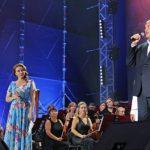 Вокалисты из 14 стран спели военные песни в финале фестиваля «Дорога на Ялту»