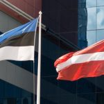 По приезде из Эстонии в Латвию придется соблюдать карантин