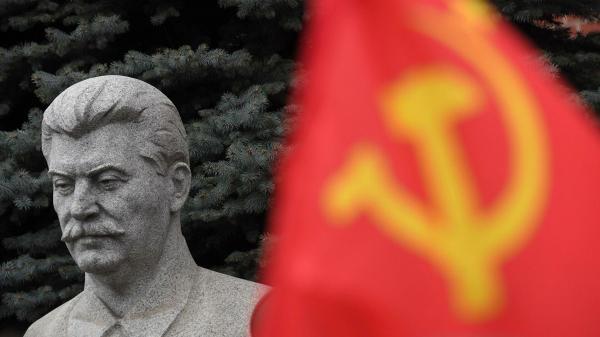 Кончаловский назвал развенчание культа личности Сталина ошибкой Хрущева