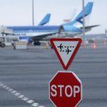 Ратас выступил за пересмотр ограничений на авиаперелеты