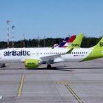 """Мерзкая, лживая компания! Женщина вне себя от """"мошенничества"""" """"airBaltic"""""""