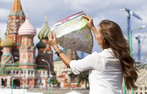 Путешественники из десяти стран могут приезжать в Россию