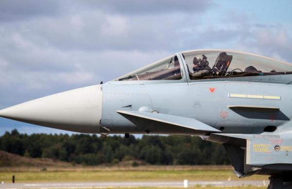 Истребители НАТО отработают в Эстонии взлет с форсажем