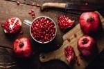 Как и в каком количестве есть гранат, чтобы увеличить силу мышц? Полезные свойства фрукта