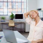 Как избавиться от головной боли с помощью йоги? Упражнения, асаны