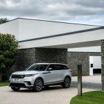 Range Rover Velar получил новые моторы и продвинутую мультимедиа-систему