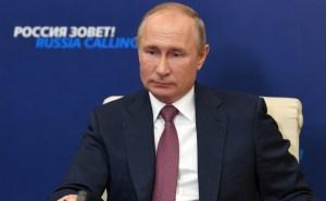 Владимир Путин: Приступить к массовой вакцинации от COVID-19 в России можно будет к концу года