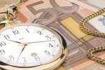 В Латвии начат сбор подписей за более строгое регулирование быстрых кредитов