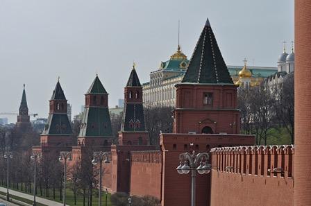 В Кремле изучат заявление Зеленского о строительстве военно-морских баз