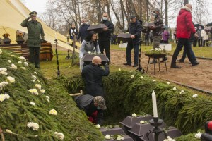 Останки советских военнопленных перезахоронили в Резекне