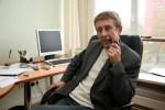 С известного латвийского журналиста Юрия Алексеева сняли подписку о невыезде