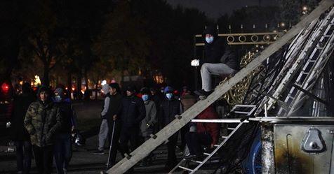 Беспорядки в Киргизии. Пострадали сотни человек