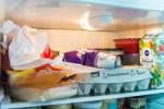 Жители стран Балтии выбрасывают больше еды, чем им кажется