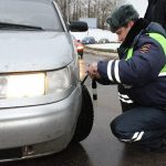 ГИБДД заставляет водителей иметь два комплекта резины: выбираем зимние шины