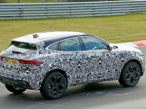Обновленный Jaguar E-Pace выкатился на испытания