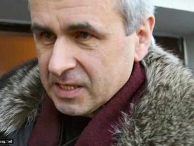 Попросили на выход: за что «Единая России» разлюбила «автомобильного» депутата Лысакова