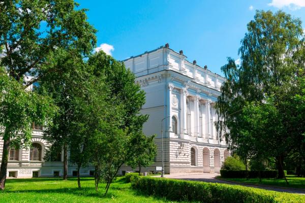 Вузы Петербурга и Кадиса запускают II Российско-испанскую неделю языка и культуры