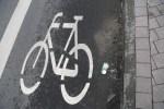 Начат сбор подписей против велополос в Риге на улице Чака