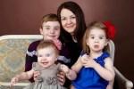 Россиянку Богдану Осипову, которая «похитила» собственных детей, выпустили из тюрьмы в США