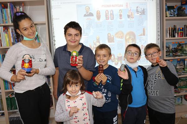 День рождения матрёшки отметили в Стара-Загоре