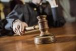 Суд объявит решение по спору об увольнении экс-судьи Э. Лаужикаса