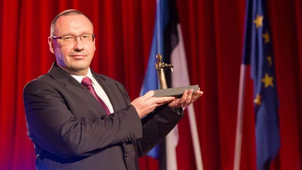 «Гражданином года 2020» в Эстонии признали Аркадия Попова