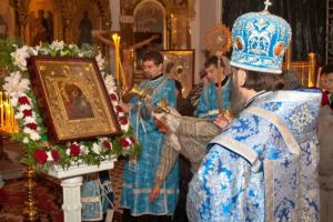 Православный мир отмечает День Казанской иконы Божией Матери